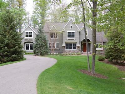 Casa para uma família for sales at Preserve South 19 7228 Preserve Drive South Bay Harbor, Michigan 49970 Estados Unidos