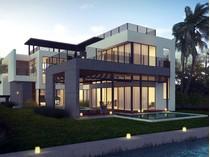 Maison unifamiliale for sales at 5191 Pinetree Dr.    Miami Beach, Florida 33140 États-Unis