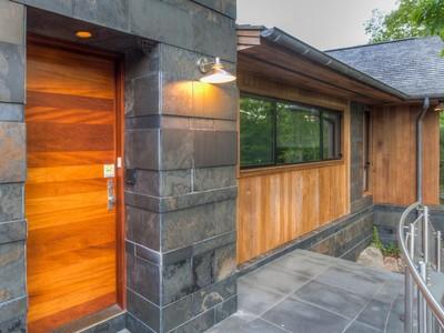 Vivienda unifamiliar for sales at Contemporary Stunner 166 Briar Patch Road Stonington, Connecticut 06378 Estados Unidos