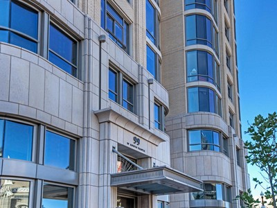Appartement en copropriété for sales at The City Lifestyle is Calling 99 W South Temple #402 Salt Lake City, Utah 84101 États-Unis
