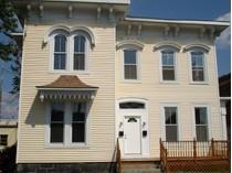 Casa Multifamiliar for sales at Updated 1st Floor 125 Clarence Street   Bridgeport, Connecticut 06608 Estados Unidos