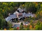 独户住宅 for  sales at Mont-Tremblant mansion 802 Ch. des Skieurs   Mont-Tremblant, 魁北克省 J8E1T1 加拿大