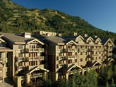 Bien divisible for sales at Luxurious Four Seasons Ownership 7680 Granite Loop Road 555 1/14th Teton Village, Wyoming 83025 États-Unis