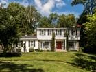 Nhà ở một gia đình for  sales at Radnor Colonial 330 Upper Gulph Road Radnor, Pennsylvania 19087 Hoa Kỳ