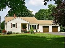 独户住宅 for sales at 1 Acker Drive    Middletown, 新泽西州 07748 美国