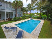 Maison unifamiliale for sales at Canalfront Colonial Home in Islands at Old Fort Bay Islands At Old Fort Bay, Old Fort Bay, New Providence/Nassau Bahamas