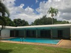 Vivienda unifamiliar for  rentals at 6480 SW 94 ST  Pinecrest, Florida 33156 Estados Unidos