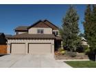 Villa for sales at Spacious Home - Great Room Floor Plan 20706 Snow Peaks Drive  Bend, Oregon 97701 Stati Uniti
