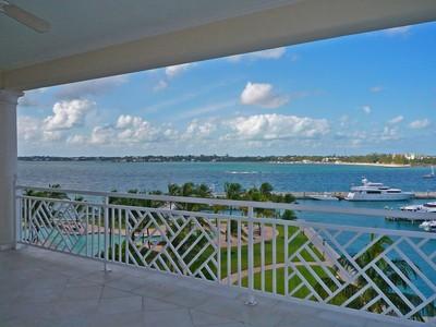 Apartamento for sales at Ocean Club Residences B4.4  Paradise Island, Nueva Providencia / Nassau . Bahamas