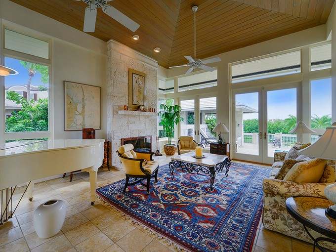 Nhà ở một gia đình for sales at Stunning Waterfront Home at Ocean Reef 12 Osprey Lane  Ocean Reef Community, Key Largo, Florida 33037 Hoa Kỳ