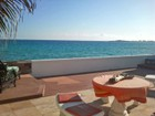 Maison de ville for  rentals at Caprice Rental, Cable Beach Cable Beach, New Providence/Nassau Bahamas