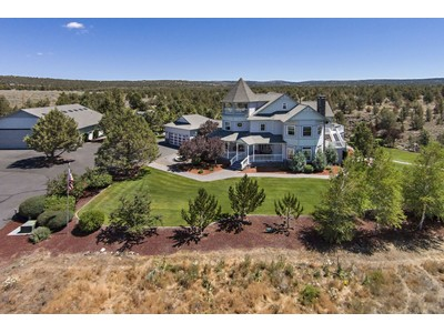 Maison unifamiliale for sales at 3194 SE Pilot Drive  Prineville, Oregon 97754 États-Unis
