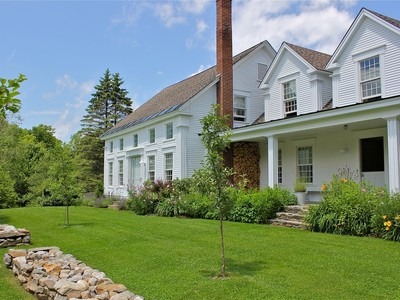 Einfamilienhaus for sales at Country Farmhouse Close to Skiing 3661 Eastham Road  Shrewsbury, Vermont 05738 Vereinigte Staaten