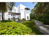 Single Family Home for sales at Emirates Hills Dubai, United Arab Emirates