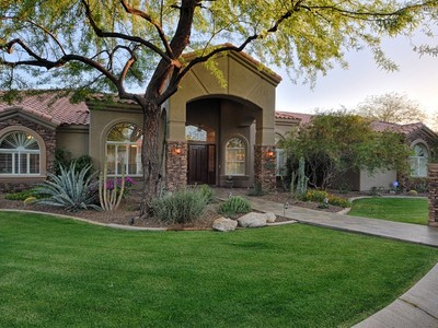 Casa para uma família for sales at Very Rare Opportunity To Live In The Highly Coveted Cactus Corridor 12236 N 102nd Street  Scottsdale, Arizona 85260 Estados Unidos