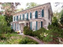 Casa Unifamiliar for sales at Horton Place 15342 Yonge Street   Aurora, Ontario L4G1N8 Canadá