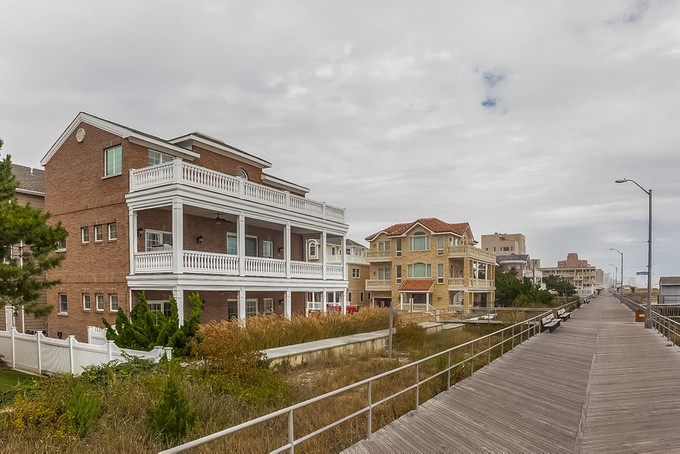 Single Family Home for sales at 118 S. Sacramento Avenue    Ventnor, New Jersey 08406 United States