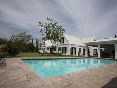 Частный односемейный дом for sales at Exclusivity in tranquil Stellenbosch Valley  Stellenbosch, Западно-Капская Провинция 7600 Южная Африка