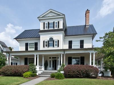 Villa for sales at Edmund Conger Home 110 W. Church St Edenton, Carolina Del Nord 27932 Stati Uniti
