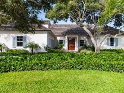 Single Family Home for  at John's Island 381 Sea Oak Drive Vero Beach, Florida 32963 United States