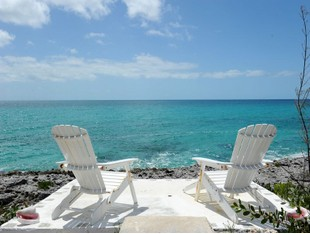 Casa Unifamiliar for sales at Paradise Point Villa Rainbow Bay, Eleuthera Bahamas