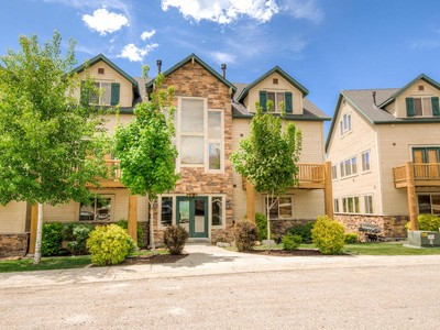 """Condominium for sales at Three Bedroom Condo in the Heart of """"Ski Country"""" 3509 Moose Hollow Dr #1311 Eden, Utah 84310 United States"""