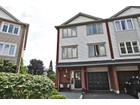 Adosado for sales at Beautiful End Unit Townhouse 2315 Strawfield Court Oakville, Ontario L6H6C2 Canadá