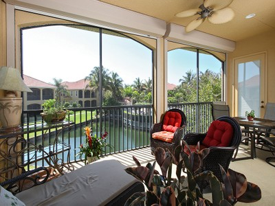 Condominio for sales at BANYAN WOODS - RESERVE II 5050  Blauvelt Way 201 Naples, Florida 34105 United States