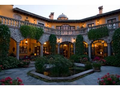 Частный односемейный дом for sales at Casa Ambrose Prolongación Aldama 12 San Miguel De Allende, Guanajuato 33770 Мексика