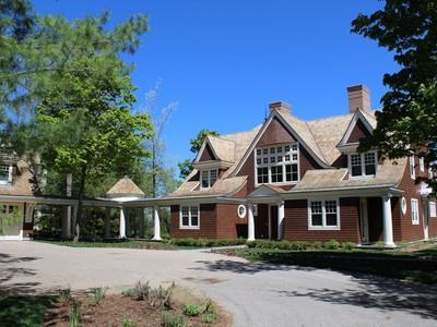 Casa para uma família for sales at 5904 Coastal Cliffs Court    Bay Harbor, Michigan 49770 Estados Unidos