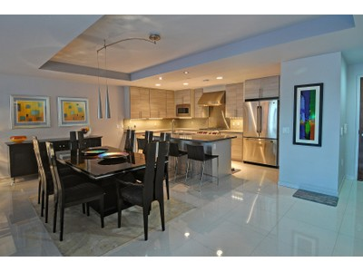 Частный односемейный дом for sales at Urban Chic in an Upgraded Spacious Contemporary Condo in Old Town Scottsdale 6803 E Main Street #2214  Scottsdale, Аризона 85251 Соединенные Штаты