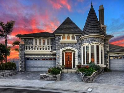 Tek Ailelik Ev for sales at 3295 Venuture Drive   Huntington Beach, Kaliforniya 92649 Amerika Birleşik Devletleri