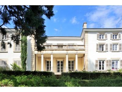 Villa for sales at BEAUJOLAIS - MAISON DE MAITRE AVEC PISCINE ET GRAND PARC VILLIE MORGON Other Rhone-Alpes, Rodano-Alpi 69910 Francia