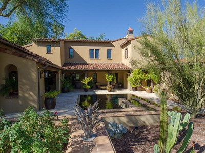 Villa for sales at Elegant & Stunning Former Model in Silverleaf at DC Ranch 19908 N 101st Place #1124 Scottsdale, Arizona 85255 Stati Uniti