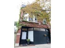 多戶家庭房屋 for sales at Beautiful 4 Flat Building 2135 W Webster Avenue  Logan Square, Chicago, 伊利諾斯州 60647 美國