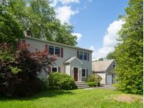 Casa para uma família for sales at Farm Fresh Food At Your Doorstep - Franklin Township 483 Bunker Hill Road   Princeton, Nova Jersey 08540 Estados Unidos