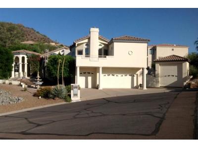 Частный односемейный дом for sales at Incredible Mediterranean Inspired Home Located In Lookout Ridge in Moon Valley 1067 E Waltann Lane Phoenix, Аризона 85022 Соединенные Штаты