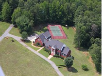 Villa for sales at Three Homes in One on 5 Acre Estate 4062 Chattahoochee Road   Cumming, Georgia 30041 Stati Uniti