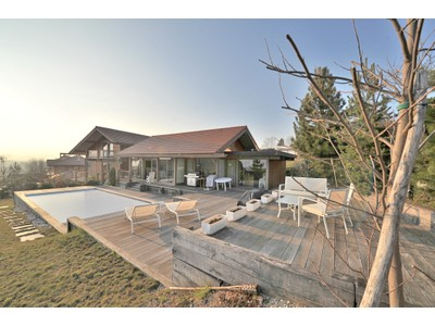 Single Family Home for sales at Villa avec vue lac  Other Rhone-Alpes, Rhone-Alpes 74940 France