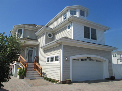Maison unifamiliale for sales at AFTER ALL 3 W North Carolina Ave   Long Beach Township, New Jersey 08008 États-Unis