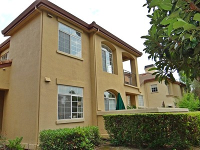 Townhouse for sales at Torrey Pines Townhouse 7726 Chantilly Drive Dublin, California 94568 United States