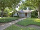 一戸建て for sales at 3649 Hills  Avenue S  Fort Worth, テキサス 76109 アメリカ合衆国