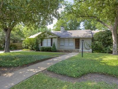 Moradia for sales at 3649 Hills  Avenue S  Fort Worth, Texas 76109 Estados Unidos