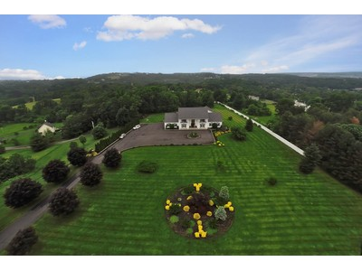 Single Family Home for  at Parkcrest Estate 16 Center Street Marlboro, New York 12542 United States