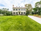 Casa para uma família for  sales at Finest Quality in Prestigious Neighborhood 1109 Oakdale Road  Druid Hills, Atlanta, Geórgia 30307 Estados Unidos