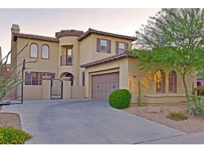 Single Family Home for sales at Lovely Home In One Of The Valley's Best Neighborhoods 3985 E Robin Lane  Phoenix, Arizona 85050 United States