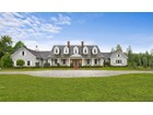 Einfamilienhaus for  sales at Magnificent Hamptons Country Manor 24 Basket Neck Lane Remsenburg, New York 11960 Vereinigte Staaten