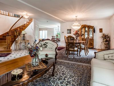 Casa para uma família for sales at Sainte-Dorothée (Laval) 855 Crois. Verneau Laval, Quebec H7X3H9 Canadá