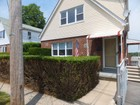 Single Family Home for  rentals at Spacious Two Bedroom 102 Staunton Street #2  Yonkers, New York 10704 United States