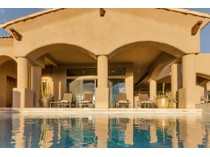Single Family Home for sales at Wonderful Single Level Home in the Village of Turquoise Ridge in Desert Mountain 40160 N 105th Place   Scottsdale, Arizona 85262 United States
